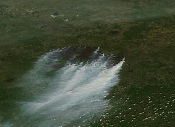 70x30 mile scorch mark left by a single, still burning, Russian wildfire.