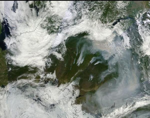 Russia August 4 -- Heavy Rains to the East, Massive Fires to the West