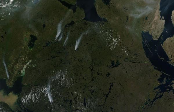 Tundra Fires Near Lake MacKenzie