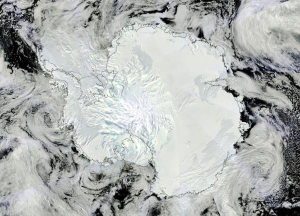 Antarctica summer storms