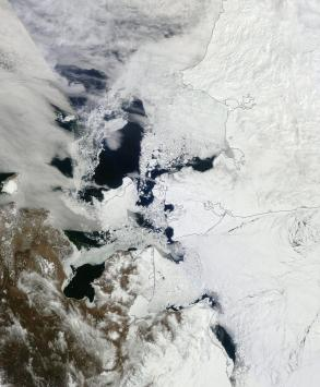 Bering and Chukchi Seas April 27