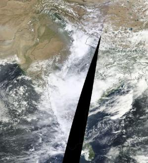India Monsoon June 25, 2013