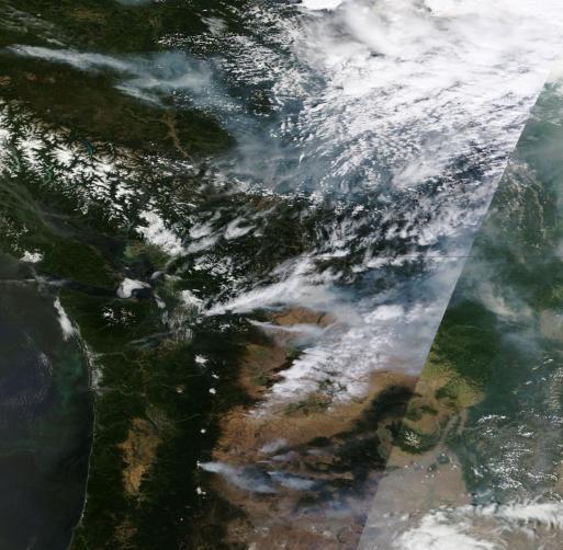 Massive fire complexes in Washington, Oregon and BC