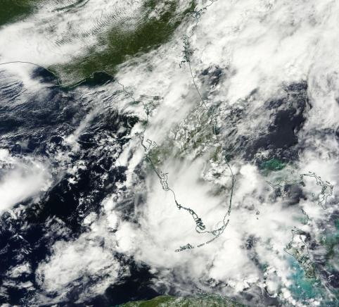 Heavy Storms Close in On Central Florida