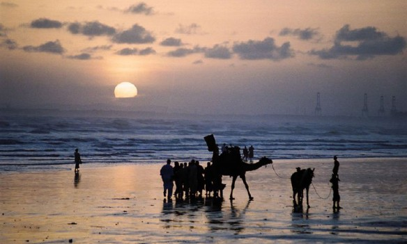 Coastal Villages in Pakistan Retreat Ahead of Rising Seas