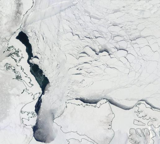 Beaufort Sea Ice April 26 2015