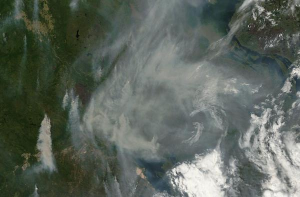 wildfires burning near great slave lake