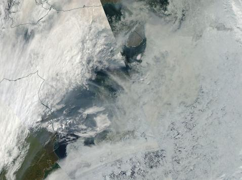 Wildfire smoke over sea ice