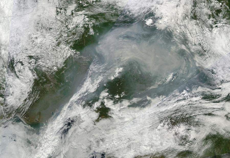 smoke-from-siberian-tundra-fires-august-1-2014