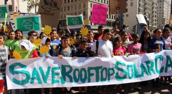 Warren Buffett's Disaster Capitalism — Downplaying Climate