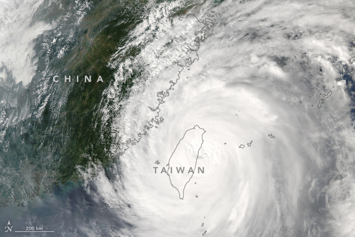 typhoon-megi-crosses-taiwan
