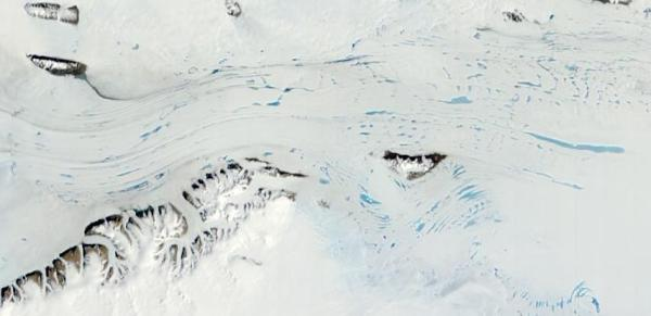 east-antarctic-surface-melt